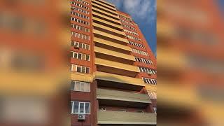 В Омске 11-летняя девочка разбилась насмерть после падения с высоты