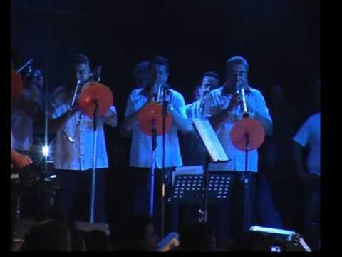 Chebere Y El Turco Julio - Fugitiva - Fría - En Vivo En La Sala Del Rey - 30/12/2010