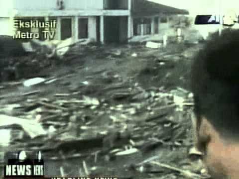 There were videos showing tsunami intrusion into the natori river.