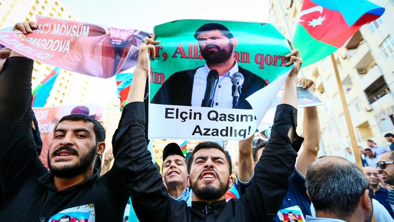"""Митинг оппозиции в Баку: """"Конец коррупции! Свободу политзаключенным!"""""""