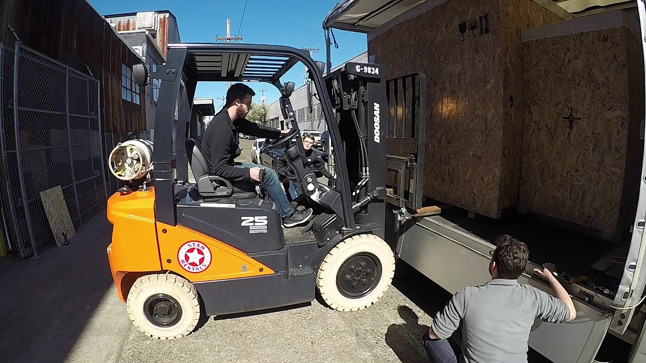 The Robot Delivery