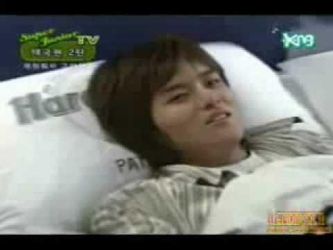 Waking up Ryeowook^^