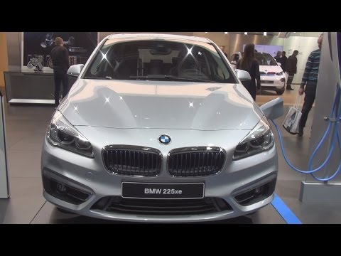 @BMW #225xe 224 hp Active Tourer Luxury (2017) Exterior and Interior in 3D