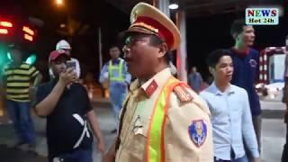 Anh em tài xế BOT Cai Lậy Tiền Giang reo hò vui mừng 12 lần xả trạm