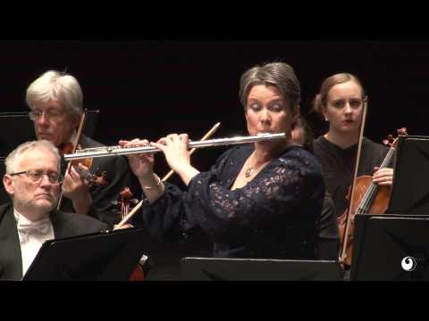 Wolfgang Amadeus Mozart: Flute Concerto no. 1 in G-Major, K. 313.