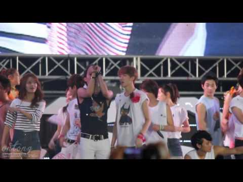 120818 smtown live in seoul exo ending