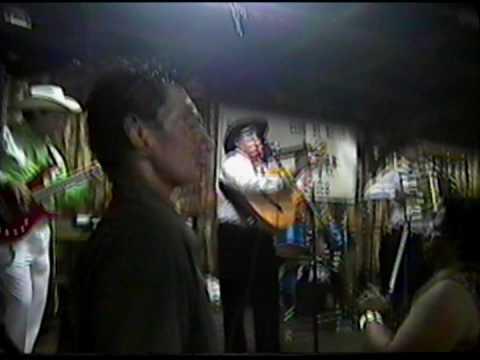 erasmo manriquez ex reales del valle con acordionista nuevo Alonzo Briones