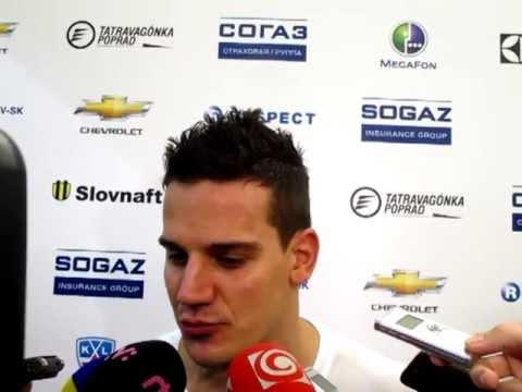 Branko Radivojevic a Lubomir Visnovsky po zapase Slovan - Spartak Moskva (2:1 sn)