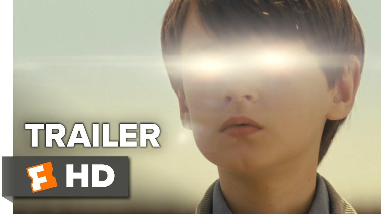 Среднощен чудак (2015) Трейлър