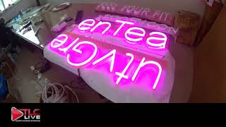 Hong Kong Neon Signs