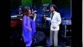 "Sergio Mendes, Joe Pizzulo & Leeza Miller ""LIVE"" 1983"