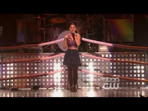 Baixar Katy Perry - Roar at iHeartRadio Music Festival 2013 FHD