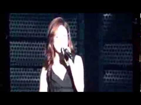 19102013 SMTOWN WORLD LIVE III IN BEIJING : Zhang Li Yin - Y and Moving On live fancam