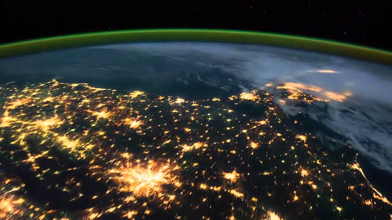La Tierra De Noche, Desde El Espacio