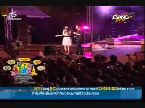 张力尹 Zhang Li Yin & Tae Vitsarach - 童話 (fairytale)  Pattaya Music Festival (2/2 )