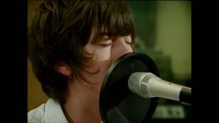 Arctic Monkeys - Teddy Picker (Official Video)