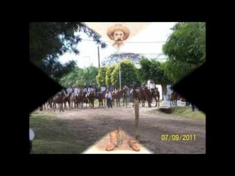 Titiro Figueredo en vivo- Enganchados.wmv