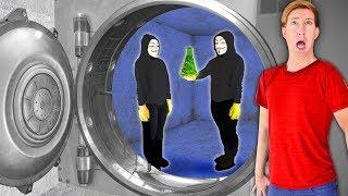 WE ESCAPE VAULT HEIST via Underground Tunnel! Hacker Girl PZ4 Has Project Zorgo Virus