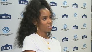 Why Kelly Rowland Thinks 'It's Time' to Reconnect With Estranged Father (Exclusive)