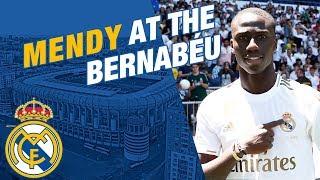 LIVE | Ferland Mendy takes to the Bernabéu pitch!