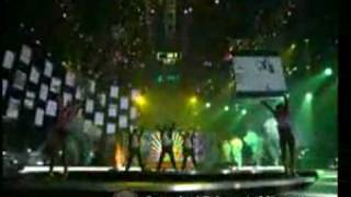 Britney Spears' live, isolated microphone feed