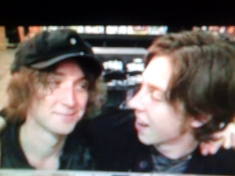 Catfish and the Bottlemen - some vids of the lids p. 21