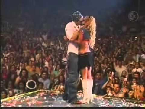 Baixar Besos en los conciertos de Chicago de RBD