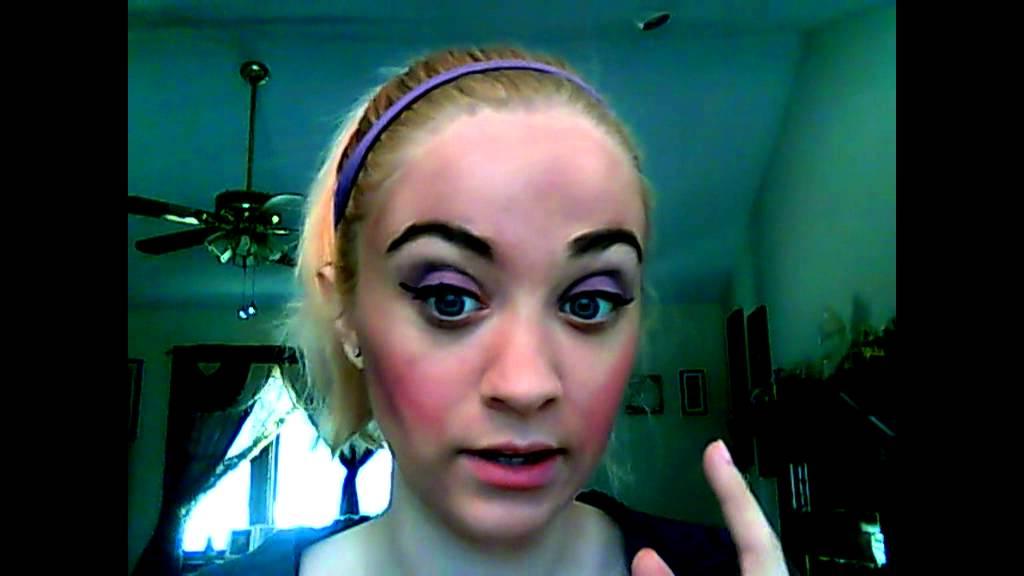 Girls, how often do you wear a FULL FACE of makeup? Guys ...