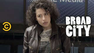 Broad City - The Wrong Remote