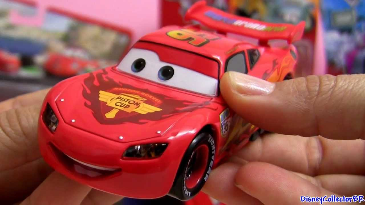Talking Lightning Mcqueen Lights And Sounds Diecast Cars 2