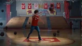 Zac Efron - Scream (High School Musical 3: Senior Year) (W/Lyrics in Subtitles)