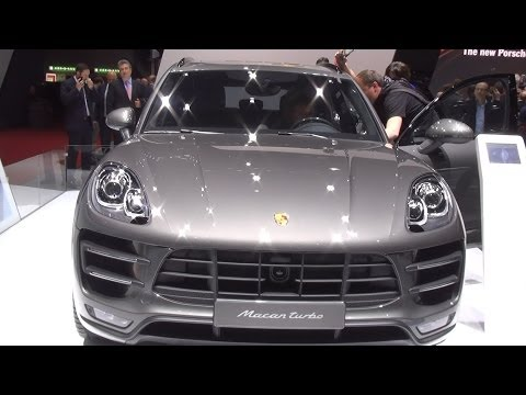 Porsche Macan Turbo Exterior and Interior in 3D 4K UHD