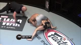 Nhà vô địch Kungfu China bị Võ Sĩ Gốc Việt đánh thảm hại (Martin Nguyen vs Li Kai Wen)