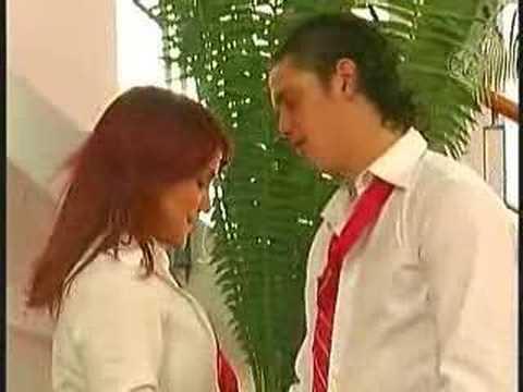 Baixar rbd Diego le declara su amor a roberta y se besan