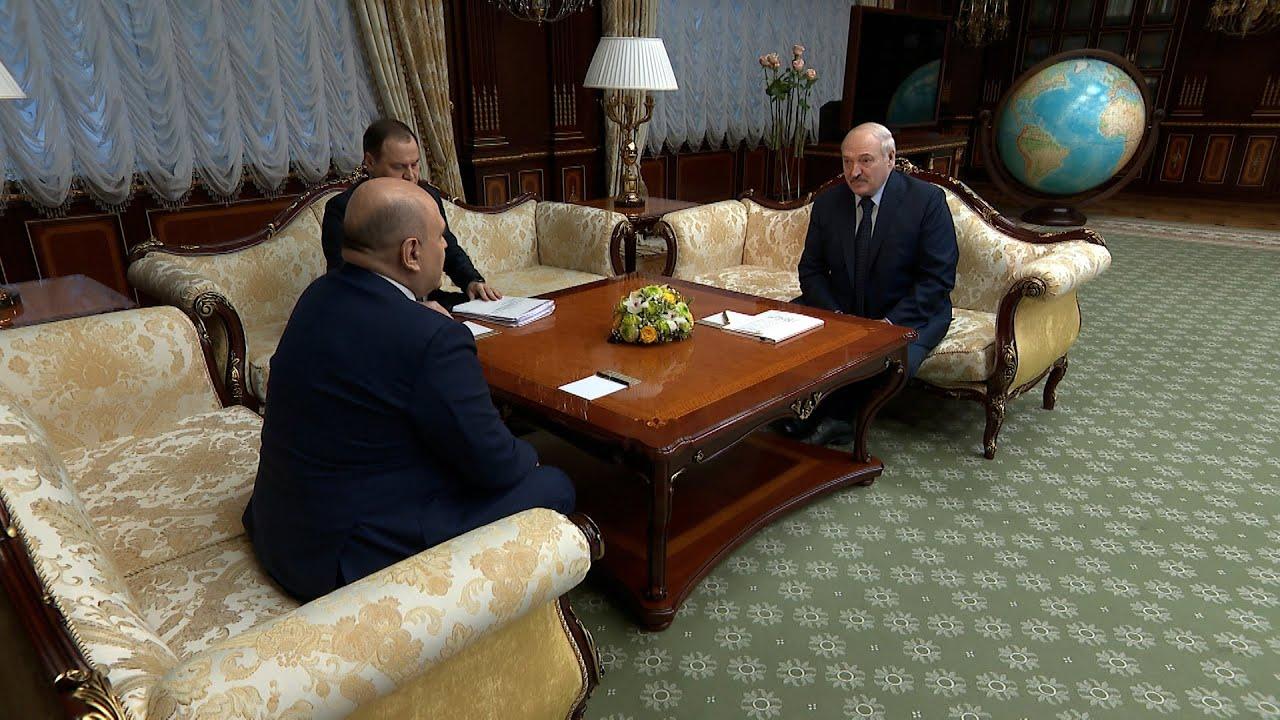 Лукашенко анонсировал встречу с Путиным в апреле в Москве