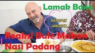 Reaksi Bule Makan Nasi Padang | Mukbang Nasi Padang di Rumah Makan Ampera