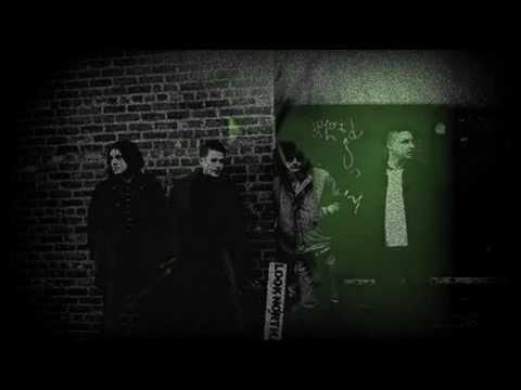 Arctic Monkeys - Despair In The Departure Lounge (Subtitulado)