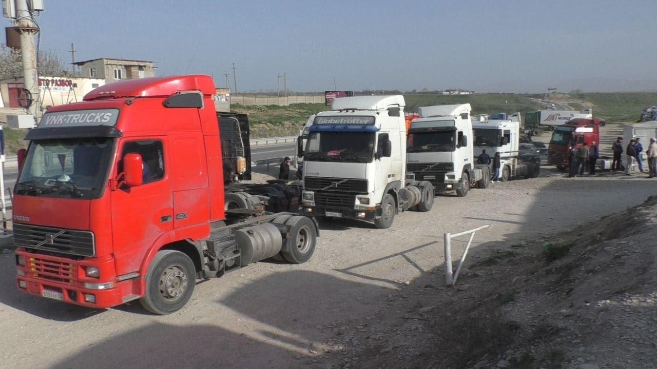 Дагестанские дальнобойщики разъехались по домам