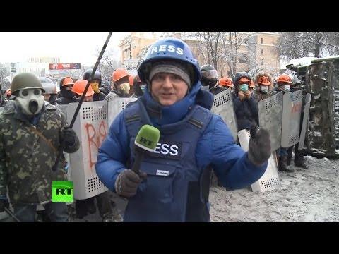 Демонстранты в Киеве продолжают вооружаться
