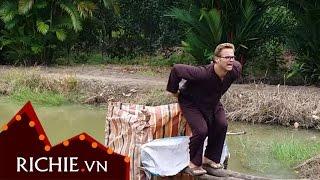 Khi Ông Tây đi toilet Viêt Nam...
