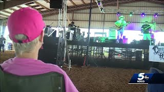 Storms can't stop community from helping El Reno tornado victims during benefit concert