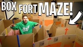 EPIC BOX FORT MAZE!