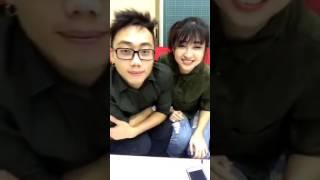 """Kim Chi và Ginô Tống """"cháo lưỡi"""" cực sung trên Facebook"""