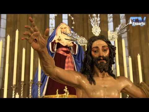 Besapiés al Señor de la Sagrada Resurrección