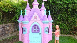 Rapunzel Doll Pink Castle ! Toys and Dolls Fun Pretend Play for Kids with Unicorn Carriage | SWTAD