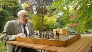Geri's game de Pixar : l'adaptation : Le joueur d'échecs