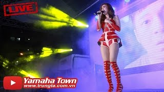 Minh Hang singer - Great uproar University Students (Nozza Campus Tour) ▶