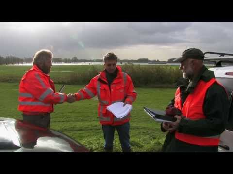 Field examination of visual dike inspection in the Netherlands