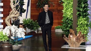'Bohemian Rhapsody' Star Rami Malek Asks Ellen for a Selfie
