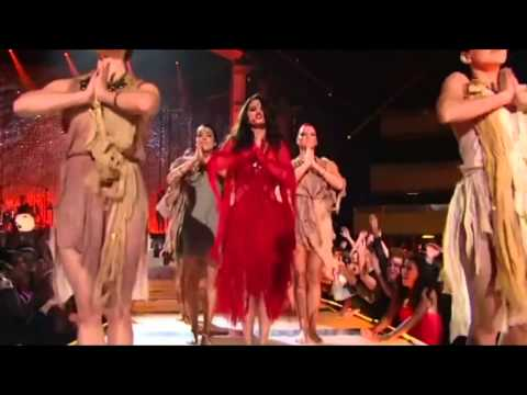 Baixar Selena Gomez - Come & Get It LIVE at MTV Movie Awards